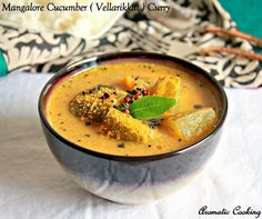 You'll love this spicy and tangy curry with cucumber and coconut goes well with plain rice and very flavorful. Vegan Lunch Recipes, Vegetable Recipes, Cooking Recipes, Healthy Recipes, Veg Curry, Vegetarian Curry, Vegetable Curry, Konkani Recipes, Tiffin Recipe
