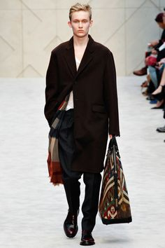 that coat looks so warm layered with those beautiful autumn colors. Burberry Prorsum FW 2014