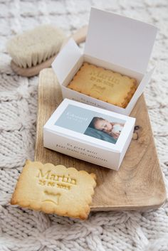 Mom And Baby, Baby Love, Bird Cookies, Personalized Cookies, Baby Room Diy, Photo Packages, Wedding Gifts For Guests, Baby Shower, Ideas Para Fiestas