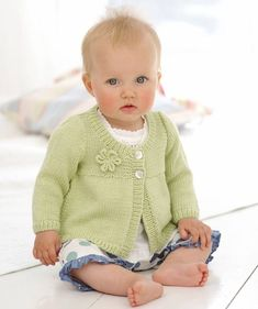 Paras vauvan nuttu on pehmeä – katso 4 kivaa ohjetta! Baby Knitting Patterns, Knitting Yarn, Baby Bamboo, Knitted Baby Clothes, Baby Knits, Crochet Coaster Pattern, Yarn Shop, Crochet Hook Sizes, Double Knitting