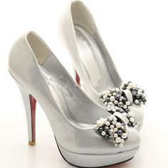 quirkincom silver shoes 27 cuteshoes silver wedding shoessilver pumpssilver