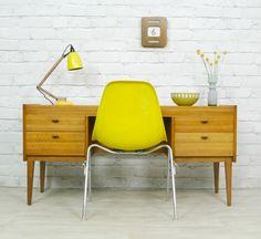 http://www.des-chaises-en-couleur.com/index.php/category/decoration/