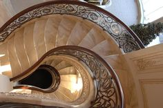 Treppen aus Granit verleihen Ihrem Haus eine exklusive Ausstrahlung und fallen Ihrem Besucher direkt ins Auge.  http://www.treppen-deutschland.com/granit-preise-treppen-granit-preise