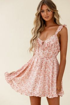 Priscilla Tied Bust Frill Detail Dress Floral Print Rose Girls Party Dress, Girls Dresses, Party Dresses, Tie Up Heels, Trendy Summer Outfits, Hot Dress, Boho Fashion, Fashion Trends, Boutique Dresses