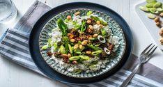Beyond Meat® and Broccoli Stir Fry Recipe Stir Fry Recipes, Veggie Recipes, Asian Recipes, Vegetarian Recipes, Ethnic Recipes, Veggie Meals, Healthy Dinners, Veggie Fries, Veggie Stir Fry