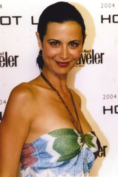 Catherine Bell Posed in Sexy Dress Photo by Movie Star News Katherine Bell, Lisa Bell, Belle Hairstyle, Gal Gadot Wonder Woman, Photo Print, Perfect Smile, Elizabeth Taylor, Pretty Face, Brunettes