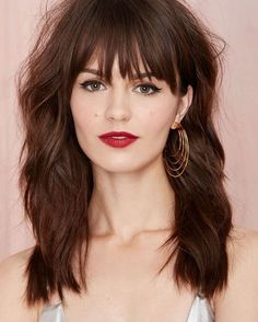 long brunette hair with bangs Medium Hair Cuts, Medium Hair Styles, Short Hair Styles, Haircut Medium, Long Brunette, Brunette Hair, Haircuts With Bangs, Long Haircuts, Great Hair