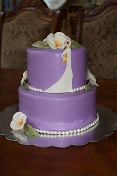 bridal shower cake not purple though
