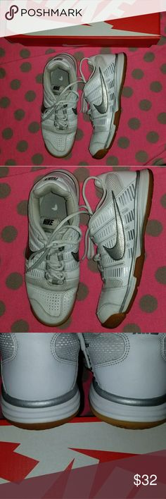 Nike Sneakers In good condition. Nike Shoes Athletic Shoes