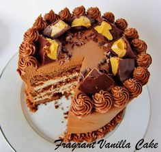 Fragrant Vanilla Cake: Vegan Peanut Butter Cup Cake