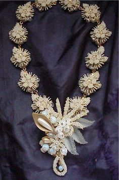 STANLEY HAGLER Necklace CALLA LILY SEED PEARL
