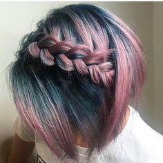 Wahnsinnig hübsche Haarfarbe Ideen für kurze Haare im Jahr , Beliebte Frisuren Ombre Hair, Pastel Hair, Red Ombre, Bright Hair, Pretty Hair Color, Grunge Hair, Hair Dos, 50 Hair, Curls Hair