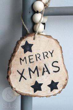 Houten grote kerst huishanger met tekst ' Merry XMAS' of door ensuus, €9.95
