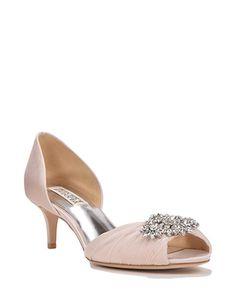 Find the perfect pair of wedding shoes at Badgley Mischka, with designer wedding heels, flats, sandals and more, all dripping with gorgeous details. Bridal Shoes, Wedding Shoes, Dream Wedding, Wedding Dresses, Rose Gold Sandals, Wedding Dress Accessories, Evening Shoes, Kinds Of Shoes, Shoe Shop