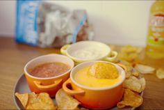 Receita de Trio de Molhos - Cebola, Cheddar e Tomate (Dips)   BistroBox - Descubra novos sabores