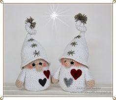 Skapa och Inreda: Pattern in English, Danish or Dutch. Tomtenisse m. Crochet Christmas Decorations, Christmas Crafts For Kids To Make, Crochet Decoration, Christmas Knitting Patterns, Christmas Store, Christmas Ornaments, Crochet Santa, Holiday Crochet, Cute Crochet