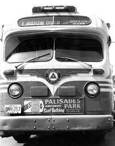 Number 1 Public Service bus ran through Hackensack - Passaic Street, First Street to Hackensack Bus Terminal as part of its route between Paterson and Edgewater to the site of old Street ferry.With stop at Palisades Amusement Park Palisades Amusement Park, Palisades Park, Service Bus, Public Service, Jersey Girl, New Jersey, Bus City, Tramway, Short Bus
