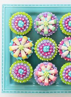 Mothers' Day Flower Cupcakes