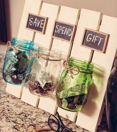 Mason Jar Crafts: Favorite Upcycles Mason jars are one of my favorite things. I'm usually a pretty frugal gal, but put me in an antique store with vintage jars, and I go a bit gaga. There are just so many things you can do with them! Mason Jar Projects, Mason Jar Crafts, Diy Crafts With Mason Jars, Diy Simple, Vintage Jars, Vintage Decor, Diy Crafts Vintage, Antique Decor, Rustic Decor