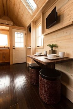 Tiny House Big Living, Small Tiny House, Tiny House Swoon, Modern Tiny House, Tiny Houses For Sale, Little Houses, Small Houses, Small Living, Tiny House Builders