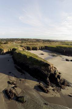 How to find hidden beaches in California