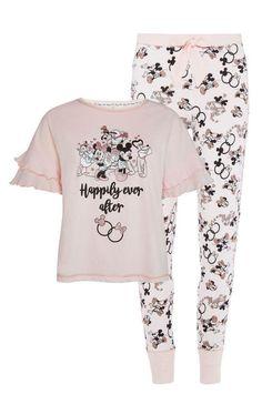 Absolutely Darling Disney Bridal Pajamas from Primark Cute Pjs, Cute Pajamas, Pajamas Women, Pijama Disney, Disney Pajamas, Lazy Day Outfits, Cute Outfits, Primark Pyjamas, Night Suit For Women