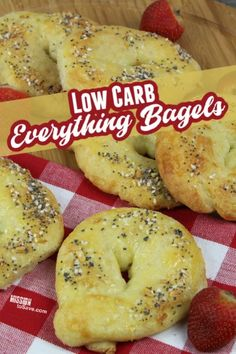 These low carb Everything Bagels are a perfect recipe for when you have a bread craving when living a keto lifestyle. The homemade Everything Bagel seasoning is also great to have on hand for many recipes and snacks. Best Breakfast Recipes, Make Ahead Breakfast, Great Recipes, Breakfast Ideas, Recipe Ideas, Frugal Meals, Easy Meals, Bagel Recipe, Everything Bagel