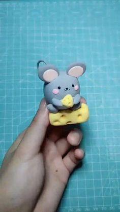 Fimo Disney, Polymer Clay Disney, Polymer Clay Christmas, Cute Polymer Clay, Cute Clay, Polymer Clay Miniatures, Polymer Clay Charms, Polymer Clay Creations, Polymer Clay Jewelry