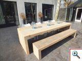 Steigerhout tafel Olavi gemaakt van oud onbehandeld steigerhout. Deze tafel is 3 meter lang met bijpassend bankje van 280cm