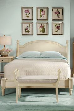Looking for a seaside/cape cod themed bedroom. I like this color blue on the wall and I like the bedspread.
