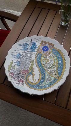 Turkish Tiles, Turkish Art, Ornament Drawing, Turkish Design, Japanese Embroidery, Tile Art, Ceramic Plates, Fun Crafts, Stoneware
