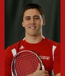 Entrevista a Sergio Manzanas, tenista de Drury University