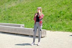 Casual outfit with jeans, tee and my favorite red, patterned bomber jacket