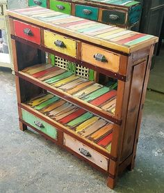 Transcendent Dog House with Recycled Pallets Ideas. Adorable Dog House with Recycled Pallets Ideas. Pallet Lounge, Diy Pallet Sofa, Diy Pallet Projects, Pallet Furniture, Wood Projects, Furniture Ideas, Furniture Chairs, Furniture Outlet, Pallet Wood
