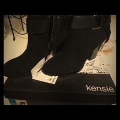 REDUCED. Kensie ankle boots Brand new All black ankle boots. Perfect for any occasion. Only 1 pair left Kensie Shoes Ankle Boots & Booties