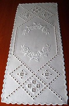 beautiful hardanger embroidered table runner *white rose* NEW & 100 % handmade Christmas Embroidery Patterns, Embroidery Patterns Free, Embroidery For Beginners, Hardanger Embroidery, White Embroidery, Ribbon Embroidery, Bargello Needlepoint, Swedish Weaving, Cutwork