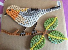 Mosaicos Mosaic Garden Art, Mosaic Tile Art, Mosaic Flower Pots, Mosaic Artwork, Mosaic Diy, Mosaic Crafts, Mosaic Rocks, Pebble Mosaic, Mosaic Glass