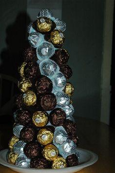 Ferrero Rocher Tree Chocolate Pack, Chocolate Sweets, Chocolate Gifts, Homemade Chocolate, Sweet Bouquets Candy, Candy Bouquet, Candy Trees, Candy Flowers, Ferrero Rocher Gift