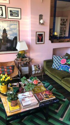 Living Room Decor Inspiration, Interior Inspiration, Edward Hall, Home Interior, Interior Design, Glam Room, Living Room Colors, House Colors, Colorful Interiors
