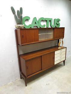 Mid century vintage design cabinet zwevende wandkast Deense stijl www.bestwelhip.nl