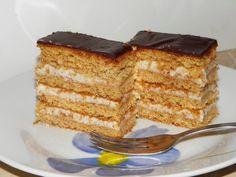 Karcsi főzdéje: Diós krémes szelet Hungarian Desserts, Hungarian Recipes, Hungarian Food, Poppy Cake, Cake Cookies, No Bake Cake, Vanilla Cake, Tiramisu, Ham