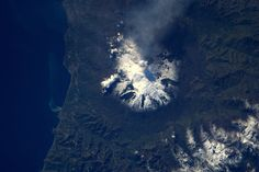 33 Stunning Photos Of Our Amazing Planet Earth Taken By A Guy In Space - For an experiment I had to be quiet for 10 min, so I looked out the window. And saw an active Etna! Sistema Solar, Our Planet, Planet Earth, Earth At Night, Arthus Bertrand, Earth Photos, Space Photography, Looking Out The Window, Space Photos