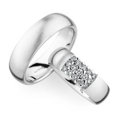 This Year the collection of our wedding rings is characterized by a compelling design and precious materials. Whether gold, platin or sparkling diamonds. Matching Wedding Bands, White Gold Wedding Bands, Wedding Band Sets, Wedding Rings, Engagement Bands, Solitaire Engagement, Couple Rings, Ring Verlobung, Diamond Are A Girls Best Friend