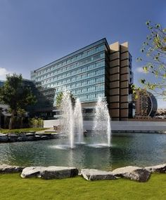 #Hotel: JUMEIRAH CREEKSIDE HOTEL, Dubai City, . For exciting #last #minute #deals, checkout @Tbeds.com. www.TBeds.com now.