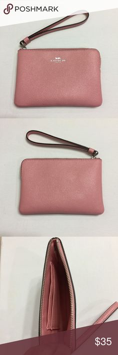 Coach Wristlet Coach Wristlet | Excellent Used Condition | Ask Questions Before Purchase | Coach Accessories Key & Card Holders