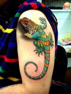 Chameleon Design Tattoos for Men, Men Shoulder Tattoo of Chameleon, Incredible Chameleon Pose Tattoos.