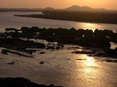 Sunset along the river Nile, at the 3rd cataract  غروب الشمس على طول نهر النيل، عند الشلال الثالث  http://flic.kr/p/byDpn    #cataract #nile #sudan