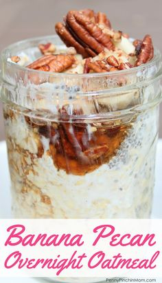 Super easy overnight Banana Pecan Overnight Oatmeal - a perfect simple breakfast recipe! Oatmeal, pecans and bananas blend perfectly to make this quick and easy breakfast. Pecan Recipes, Banana Recipes, Oatmeal Recipes, No Cook Oatmeal, Thai Recipes, Smoothie Recipes, Overnight Oats, Overnight Breakfast, High Calorie Desserts