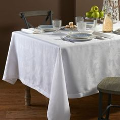 Brooklyn Tablecloth - Washable - Coated for Easy Care