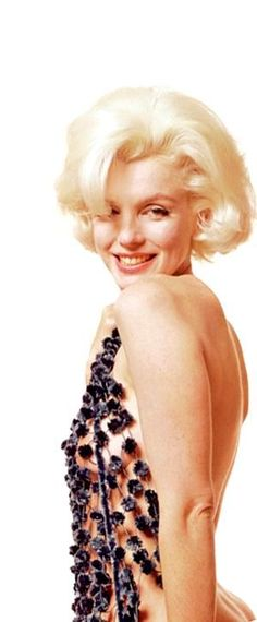 Marilyn Monroe photographed by Bert Stern, 1962 Marilyn Monroe 1962, Marilyn Monroe Portrait, Marilyn Monroe Photos, Angelina Jolie, Marilyn Moroe, Bert Stern, Actrices Sexy, Celebrity Portraits, Norma Jeane